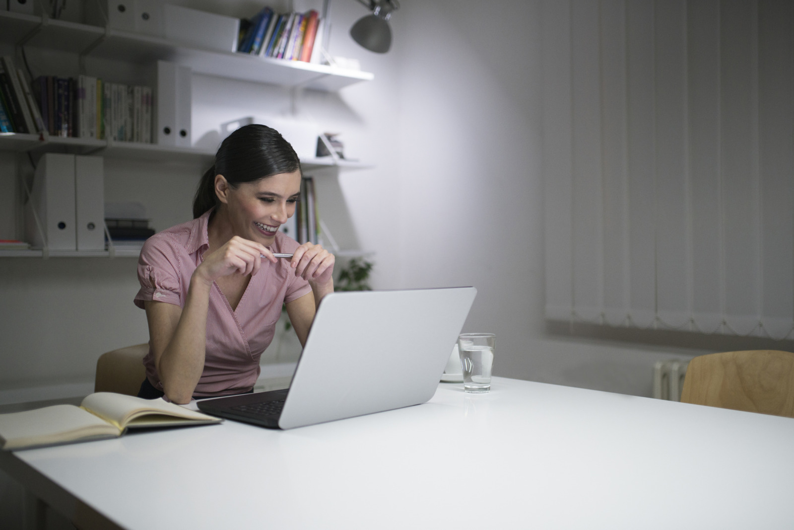 The Complete List of Video Interview Questions to Ask Remote Workers